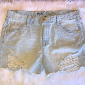 MOSSIMO size10/30 light wash distressed jean short